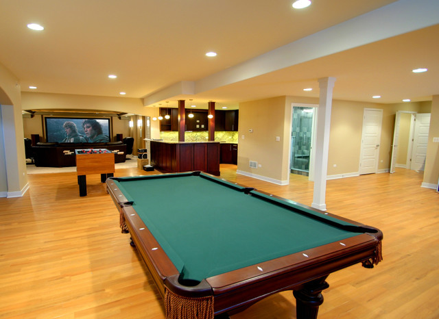 Finished Basement With Game Room Kitchen And Home Theatre - Basement game rooms