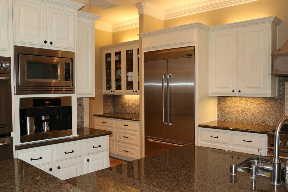 Custom kitchen cabinet finishes - Transitional - Austin ...
