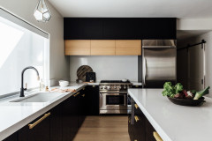 Kitchen of the Week: Black and Brass Boost Modern-Day Style