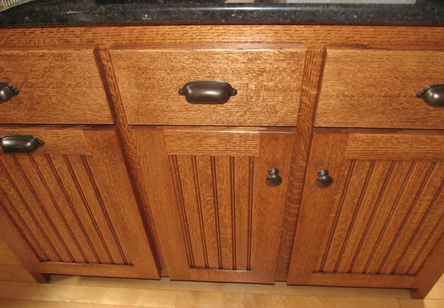 Quartersawn Oak Kitchen Cabinets - Traditional - Kitchen ...
