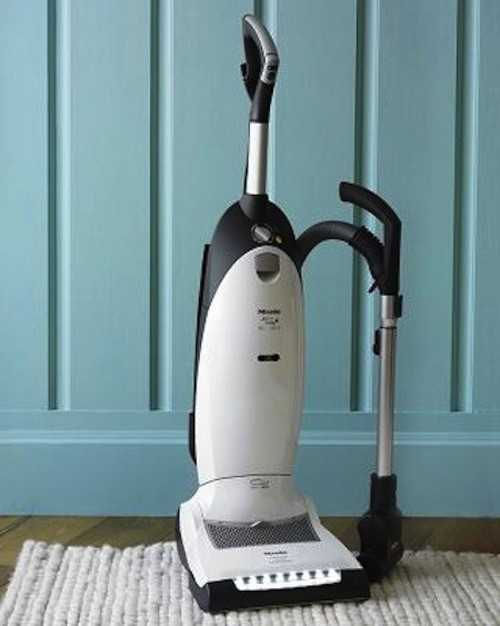 Miele Cat & Dog Upright Vacuum