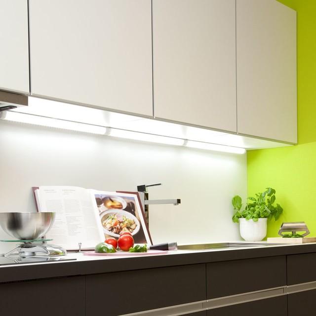 LED Under Cabinet Strip Light
