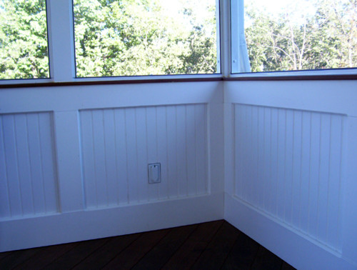 Screen Rooms With Bead Board Knee Wall Traditional