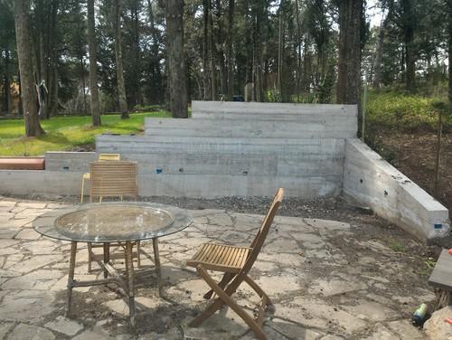 Muri e pavimentazione giardino - Pavimentazione giardino in pietra ...