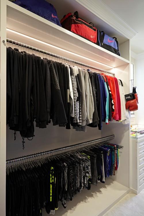 Photo By Lisa Adams LA Closet Design