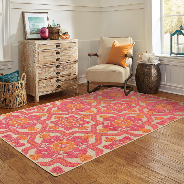 """Costa Ornate Floral Medallions Sand and Pink Indoor/Outdoor Rug, 7'10""""x10'10"""""""