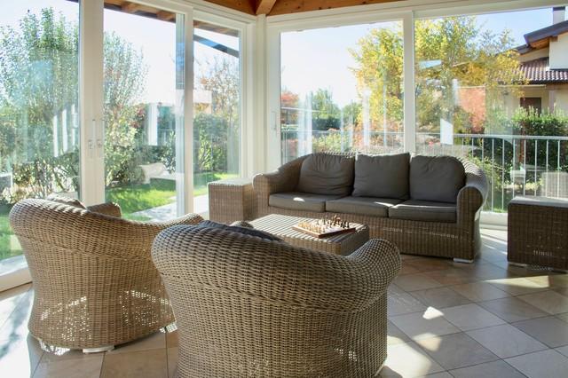 Ispirazione per una veranda design