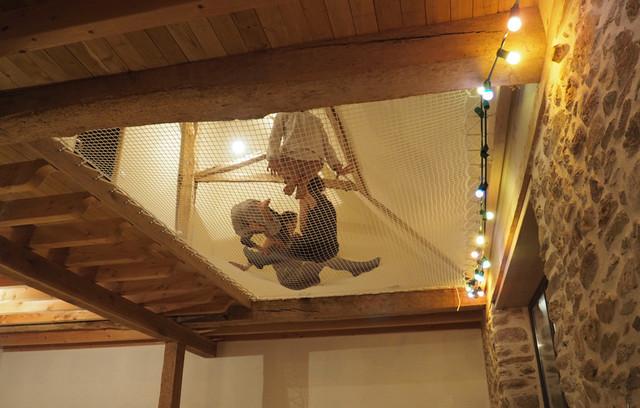 filet d 39 habitation int rieur contemporain salle de s jour bordeaux par france trampoline. Black Bedroom Furniture Sets. Home Design Ideas