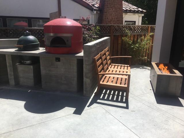 Kitchen - modern kitchen idea in San Francisco