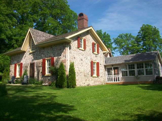 1820 Stone Farmhouse Renovation