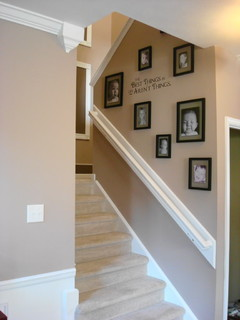 thriftydecorchick traditional staircase