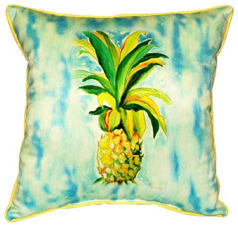Indoor/Outdoor Pineapple Pillow - Beach Style - Outdoor Cushions And ...