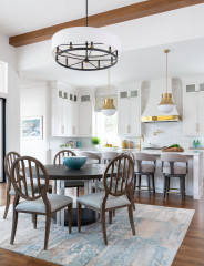 Houzz Tour: Texas Home That's Elegant and Dog-Friendly