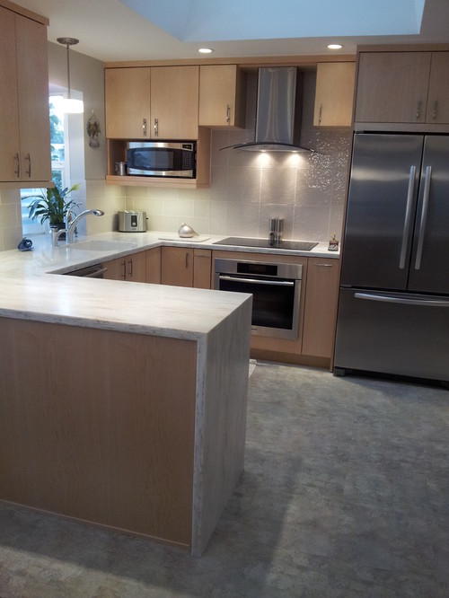 Corian Countertop With Quot Waterfall Edge Quot