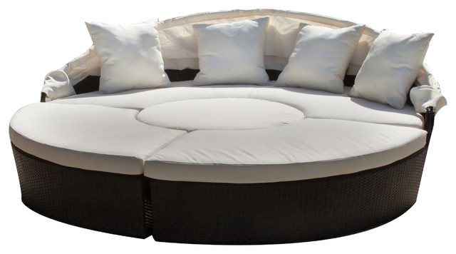 Bellagio 4-Piece Outdoor Sectional Daybed.