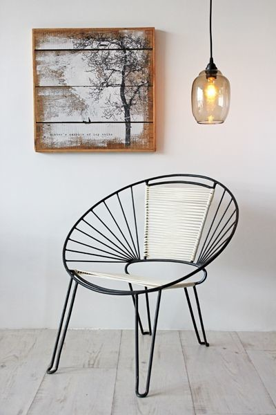 Mid Century Modern Style Chair - Black White midcentury-armchairs-and-accent -