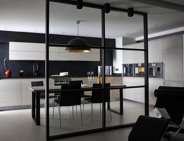 l 39 atelier de saint paul. Black Bedroom Furniture Sets. Home Design Ideas