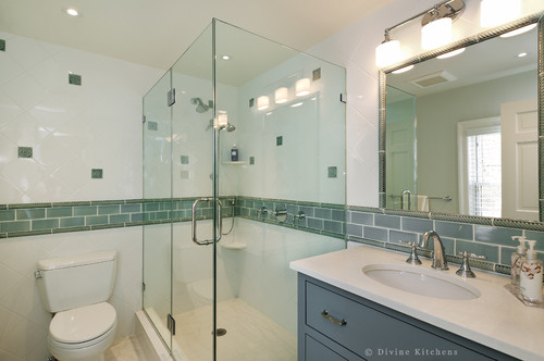 . Love what you did in a 5  x 8  bathroom