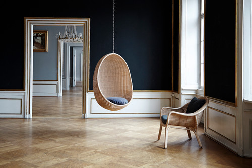 Hanging Egg and Madame Chair by Nanna Ditzel. From the Icons range of Sika-Desin