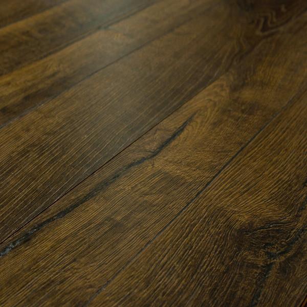 Reclaime Manor Oak 12 Mm Laminate Flooring Sample Traditional Laminate Flooring
