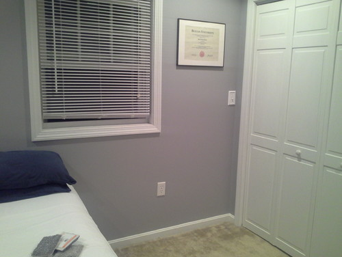 . Which color carpet with gray walls   Bedroom