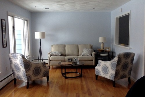 Couch Is 72 Inches Wide, Wall Is 8 Ft High. Our Room Colors Are Fairly  Neutral: Grey, Light Blue, Cream, Tan, And Dark Brown.