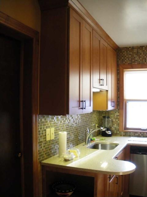 Small condo kitchen remodel craftsman kitchen for Condo kitchen remodel ideas