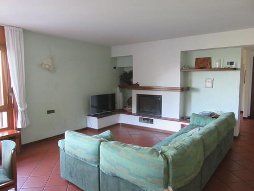 Bb Mobili Soggiorno : Pavimento sala in cotto quale colore alle pareti