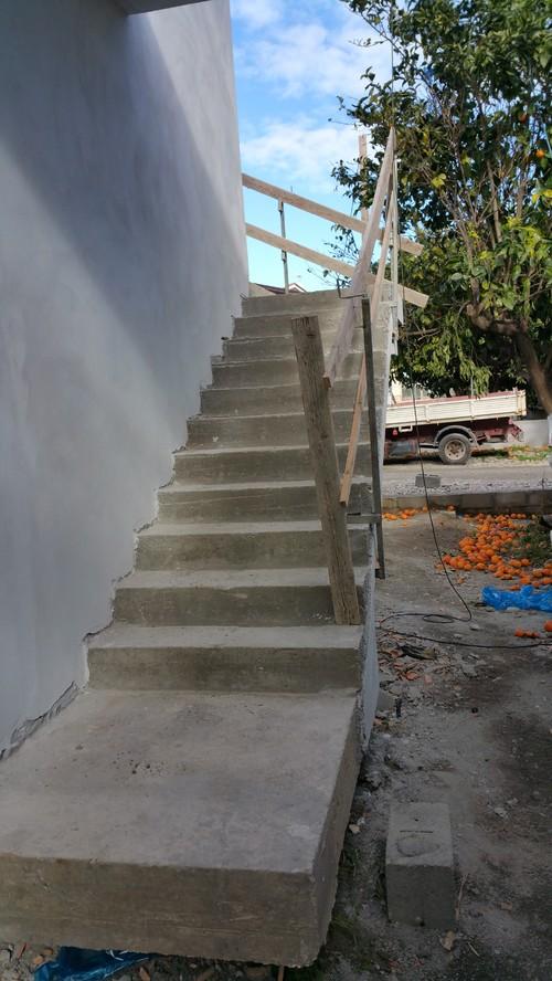Consigli su scale esterna quale rivestimento scegliere for Scale esterne design