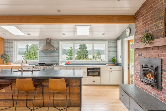 Kitchen Of The Week Big Windows Great Views And A Large Island