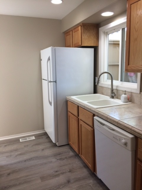 Help: What color for my humble cabinets?