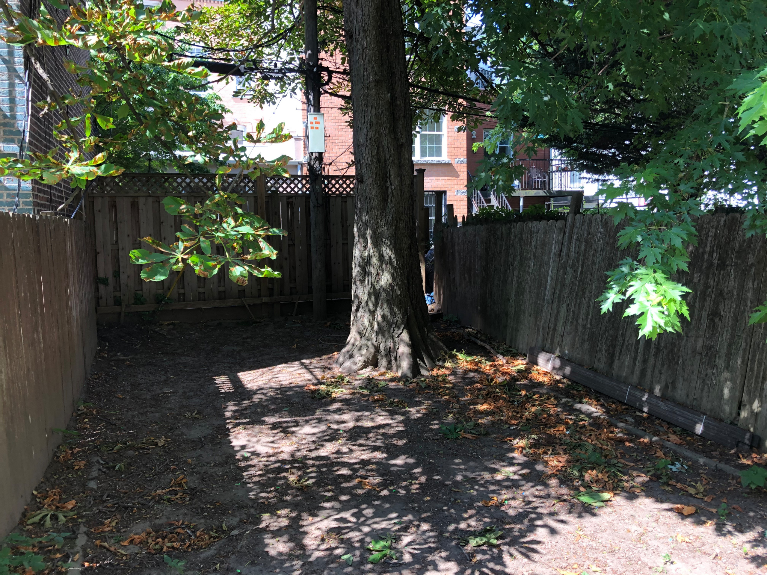 Park Slope Brooklyn - Shady Garden and Playground
