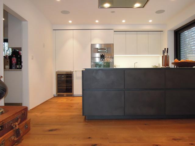eggersmann e sign feinstrukturlack und beton tokyo edelstahl arbeitsplatte 306 contemporary. Black Bedroom Furniture Sets. Home Design Ideas