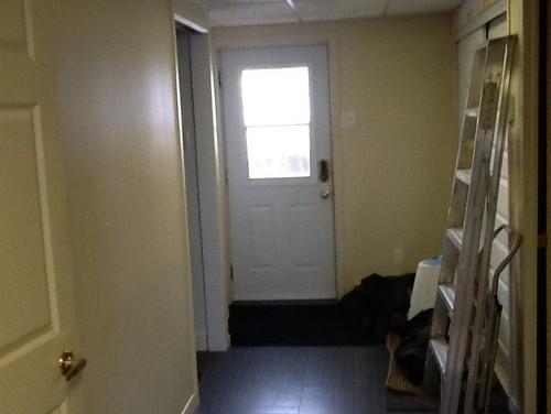 quelle couleur peindre le sous sol. Black Bedroom Furniture Sets. Home Design Ideas