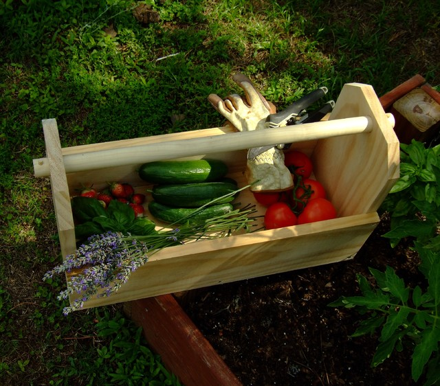 Neat Little Project: Make a Simple Garden Tote
