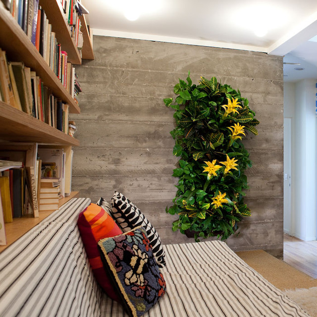 wally one indoor outdoor living wall contemporary indoor pots and planters by a r. Black Bedroom Furniture Sets. Home Design Ideas