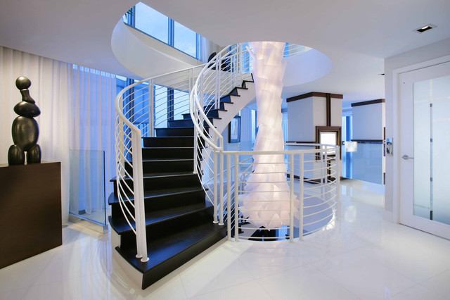 . White Floor Tiles Design