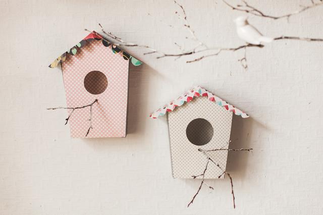 diy fabriquez un nichoir d coratif en carton. Black Bedroom Furniture Sets. Home Design Ideas