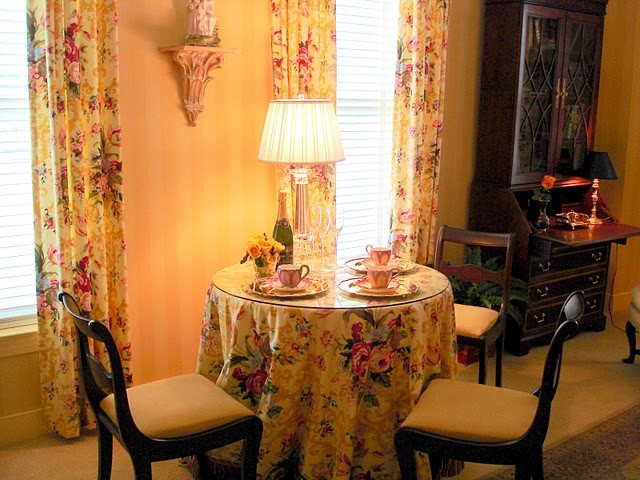 English Country A Small One Bedroom Residence In Retirement Community Traditional Dining
