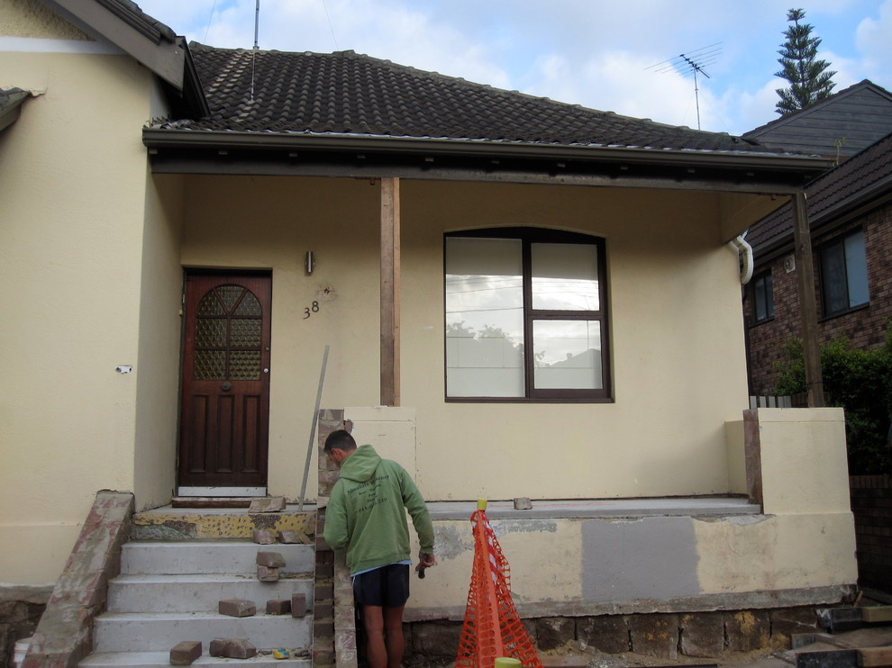 EXTERIOR PAINTING. CLOVELLYbe