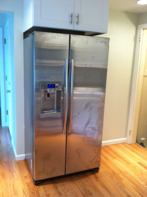 chalkboard paint on side of refrigerator. Black Bedroom Furniture Sets. Home Design Ideas