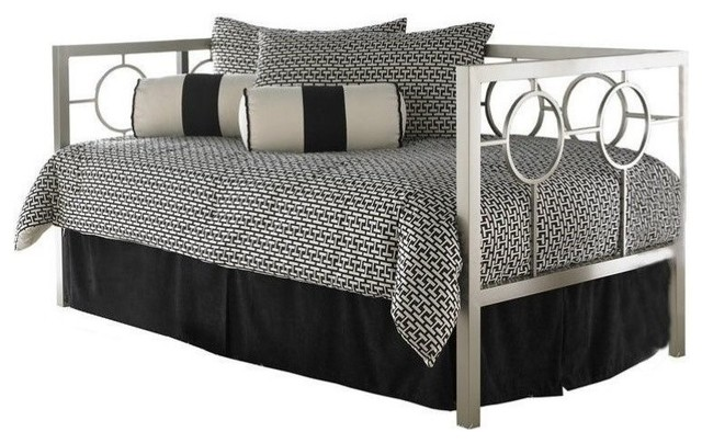 Pemberly Row Metal Daybed, Champagne.