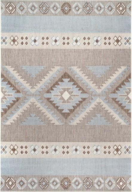 "Contemporary Aztec Indoor/outdoor Area Rug, Gray, 5&x27;3""x7&x27;6""."