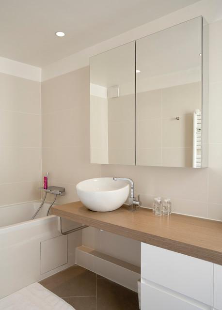Autour D Une Entr 233 E Scandinavian Bathroom Paris By