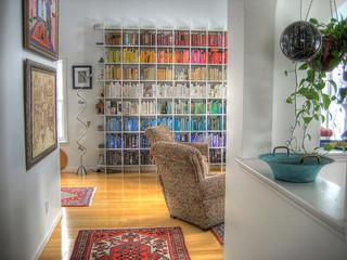 Οργανωση βιβλιοθηκης με βαση το χρωμα των βιβλιων