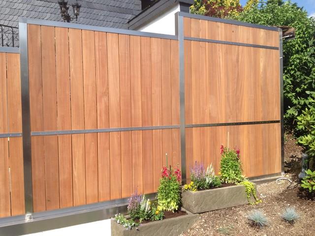 Fence contemporary