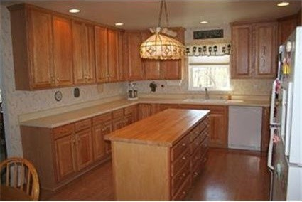 White Kitchen Oak Cabinets my kitchen has white appliances and light oak cabinets. how can i