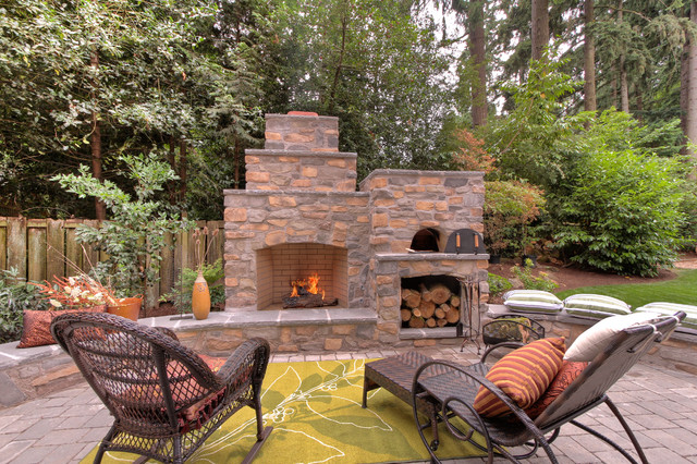 Good Outdoor Fireplace With Pizza Oven Traditional