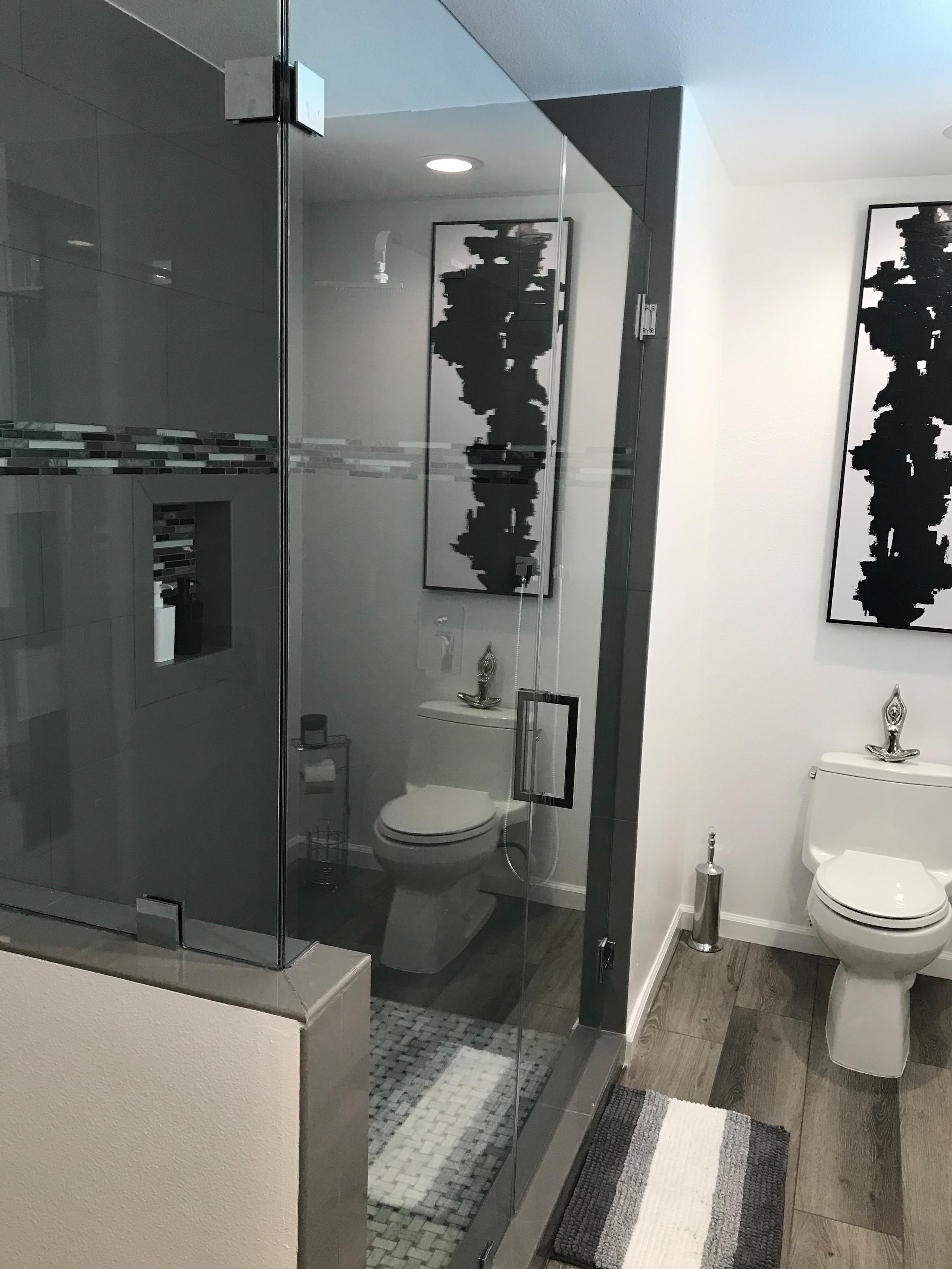 BATHROOM-AFTER2.HEIC