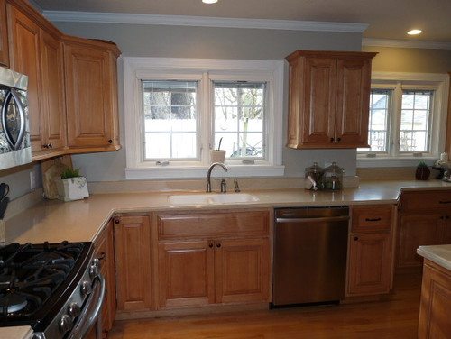 Paint 4 Yr Old Maple Kitchen Cabinets?